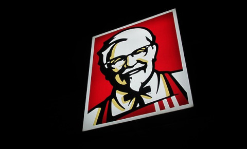 Twitter dubs South African man legend for eating free at KFC for a year.