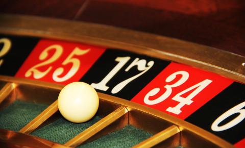 Casino roulette gambling