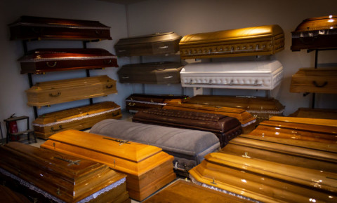Funeral home parlour undertaker coffin deaths mourning burial corpse 123rf