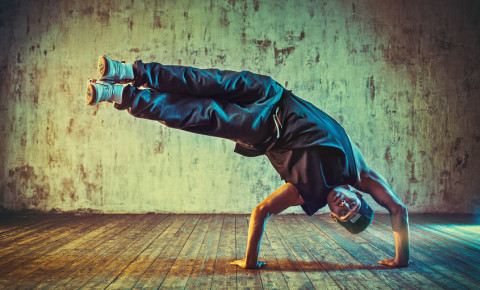 Breakdancing breakdancer break dancing dancer breaking 123rf