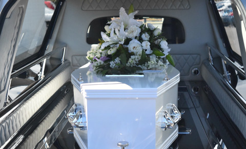 death-funeral-coffin-hearse