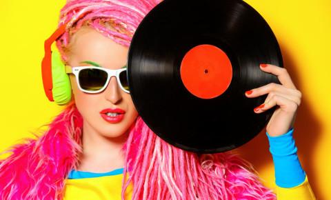 DJ raver clubber vinyl record edm rave electronic music 123rf 123rfbusiness