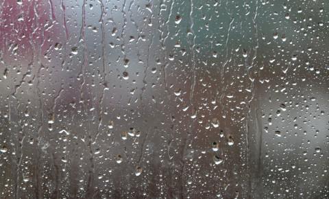 Rain drops glass window 123rf