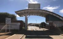 FILE: Outside the Mahikeng Provincial Hospital where services have been affected by ongoing protests as professional embark on a strike. Picture: Masechaba Sefularo/EWN