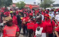 Cosatu members marching in the Johannesburg CBD on Thursday, 7 October 2021. Picture: Boikhutso Ntsoko/Eyewitness News.