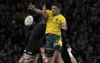 Australia's Rob Simmons takes a lineout ball over Scott Barrett of New Zealand during their Rugby Championship match in Perth on 10 August 2019. Picture: AFP