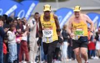 Amputee runner Xolani Luvuno taking part in the 2018 Comrades Marathon. Picture: @MMStadium/Twitter.