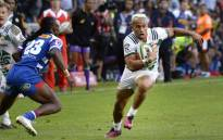 Toni Pulu (R) of the Chiefs, from New Zealand, tries to evade Seabelo Senatla (L) of the Stormers, from South Africa, during the Super Rugby match in Cape Town on 21 May 2018. Picture: AFP.