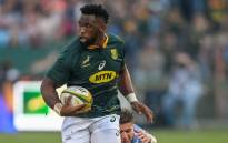 Springbok flanker Siya Kolisi evades a tackle from Argentina wing Sebastian Cancelliere (R) during their 2019 Rugby Union World Cup warm-up match at the Loftus Versfeld Stadium in Pretoria, on August 17, 2019. Picture: AFP