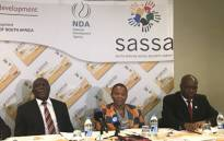 Social Development Minister Susan Shabangu (centre) addressing the media on the progress her department is making in taking over the payment of social grants. Picture: Thando Kubheka/EWN.