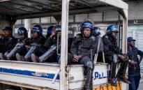 FILE: Zimbabwean policemen awaiting deployment. Picture: AFP