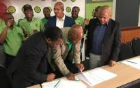 Amcu and Solidarity signed a three-year wage agreement with Anglo Gold Ashanti on Monday 17 September 2018. Picture: @_AMCU/Twitter