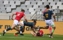 Despite numerous positive COVID-19 cases in the team over the past two weeks and having to be in isolation for the past seven days, South Africa managed to put in a physical performance, going into halftime with a 17-3 lead on 14 July 2021. Picture: @springboks/Twitter.