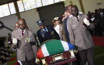 The casket of Dr Edna Molewa being carried  by members of the South African National Defence Force. Picture: Kayleen Morgan/EWN