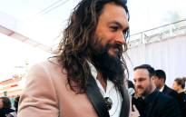 'Aquaman' actor Jason Momoa wore a pink tux to the 2019 Academy Awards. Picture: @TheAcademy/Twitter