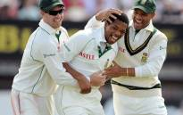 FILE: South Africa's Makhaya Ntini (C) celebrates with South Africa's Ashwell Prince (R) and South Africa's AB De Villiers after taking the wicket of England's Ian Bell during the third day of the third test cricket match against South Africa at Edgbaston, Birmingham , central England, on 1 August 2008. Picture: AFP