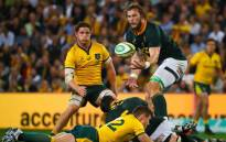 South Africa's RG Snyman (R) catches a high ball during the Rugby Championship Test match between Australia and South Africa at Suncorp Stadium in Brisbane on 8 September 2018. Picture: AFP.