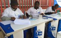 Independent Electoral Commission (IEC) officials during voter registration weekend. Picture: Vumani Mkhize/EWN.