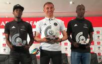 From left to right: Justin Shonga, Coach Milutin Sredojevic and Musa Nyatama at the Premiership Monthly Awards. Picture: @OfficialPSL/Twitter.