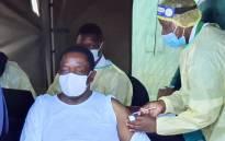 Zimbabwe's President Emmerson Mnangagwa gets his COVID-19 vaccine on 24 March 2021. Picture: @edmnangagwa/Twitter