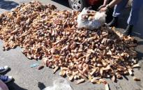 Western Cape police arrested two men for the possession of crayfish worth more than R6 million. Picture: @SAPoliceService/Twitter