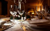 FILE: Non-essential establishments like restaurants, taverns, bars and fitness centres may be opened. However, these establishments need to close by 9 pm. Picture: 123rf.com