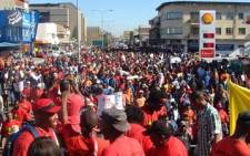 Striking municipal workers block the streets as they march from Bellville Station to Bellville Civic Centre. Picture: Danya Philander/Eyewitness News