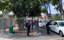 The Ocean View clinic is evacuated on 27 February 2020 following ongoing violence in the area. Picture: Kaylynn Palm/EWN