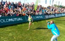 Russia's Nina Podnebesnova won the 2014 Old Mutual Two Oceans Women's Ultra Marathon in a time of 3:40:07. Picture: Twitter.