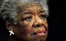 US poet Maya Angelou reads a poem during a ceremony to present Archbishop Desmond Tutu the William J. Fulbright Prize for International Understanding, 21 November 2008. Picture: AFP.