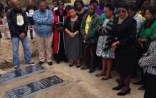 FILE: The graves of Zandile and Yonelisa Mali. Picture: EWN.