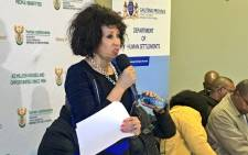 Human Settlements Minister Lindiwe Sisulu addresses representatives of disgruntled Gauteng communities in Soweto, 14 May 2016.  Picture: Katleho Sekhotho/EWN