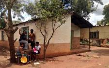 Residents of Honingklip have called on the Minister of Rural Development Gugile Nkwinti to intervene in an impasse between the community and the Mogale City mayor. Picture: Lesego Ngobeni/EWN.