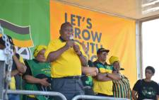 President Cyril Ramaphosa addresses Nyanga East residents during the ANC's door-to-door campaign trail in Cape Town on 22 March 2019. Picture: @MYANC/Twitter.