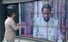 A screengrab of SABC's Eben Jansen interviewing Economic Freedom Fighters spokesperson, Mbuyiseni ndlozi, on 'Newsroom' on 9 April 2015.