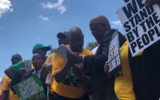 Energy Minister Jeff Radebe on Friday 2 November 2018 signed a memorandum from the Gauteng ANC and civil society organisations demanding that e-tolls be scrapped in the province. Picture: Mia Lindeque/EWN.