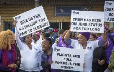 SAA protesters protested against low wages outside the SAA Administration offices at the OR Tambo airport. Picture: Thomas Holder/EWN