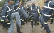 Striking EMS personnel march on the Roodepoort call centre on 10 June 2009. Picture: Nomsa Maseko/Eyewitness News