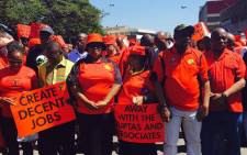 Congress of South African Trade Unions (Cosatu) president Sdumo Dlamini (second right) leads a march against state capture and corruption in Durban on 27 September 2017. Picture: Ziyanda Ngcobo/EWN