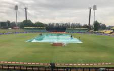 Groundsmen hard at work ahead of the 3rd and final T20 international vs Zimbabwe. Picture: @OfficialCSA/Twitter.