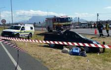 FILE: Bakkie overturned killing two and injuring five in Western Cape. Picture: Twitter @ER24EMS.