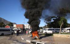 Hout Bay residents were left stranded as taxi drivers affiliated to Cata protested because it believes rival association Codeta is being allowed to operate illegally. Picture: Bertram Malgas/EWN
