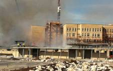 Mitchells Plain hospital on fire. Picture:EWN