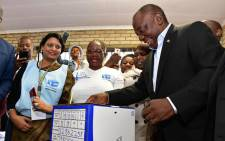 President Cyril Ramaphosa casts his ballot at the Hitekani Primary School in Chiawelo, Soweto, on 8 May 2019. Picture: @GovernmentZA/Twitter