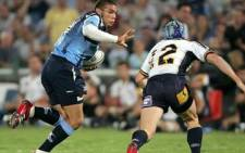 Bryan Habana (L) prepares for a tackle. Picture: EWN