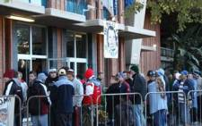 Bulls supporters queuing outside the ticket office at Loftus Versfeld. Picture: Nico Bronkhorst/iWitness