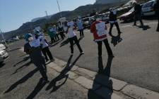 Staff at the False Bay hospital picket on 19 June 2020 over PPE shortage as COVID-19 infections in the province increase. Picture: Jarita Kaasen/EWN