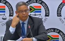 A screengrab fo Robert McBride giving testimony at the Zondo Commission on 15 April 2019.