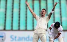 South African bowler Dale Steyn (C) appeals to the umpirte for a decision against Sri Lankan batsman Lahiru Thirimanne (R) during the first day of the first Test cricket match between South Africa and Sri Lanka at The Kingsmead Stadium in Durban on 13 February 2019. Picture: AFP