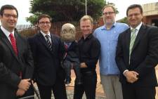 The Randburg Magistrate Court has ruled that comedian Conrad Koch and his puppet Chester Missing are once again allowed to tweet about Steve Hofmeyr. Picture: Twitter via Chester Missing